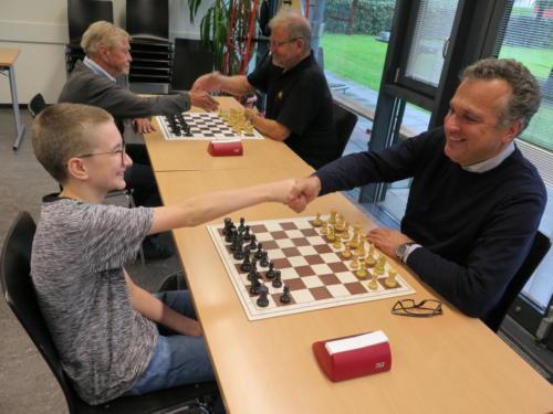 Schach 7.9.201^9 (33)